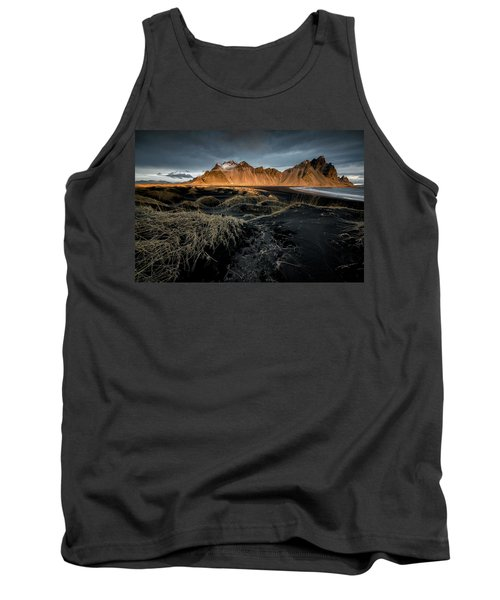 Blackbeach And Vestrahorn Tank Top