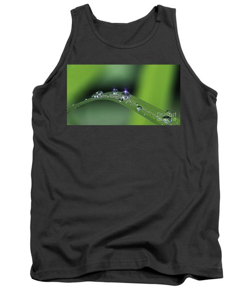 Blue Light On The Droplets Tank Top