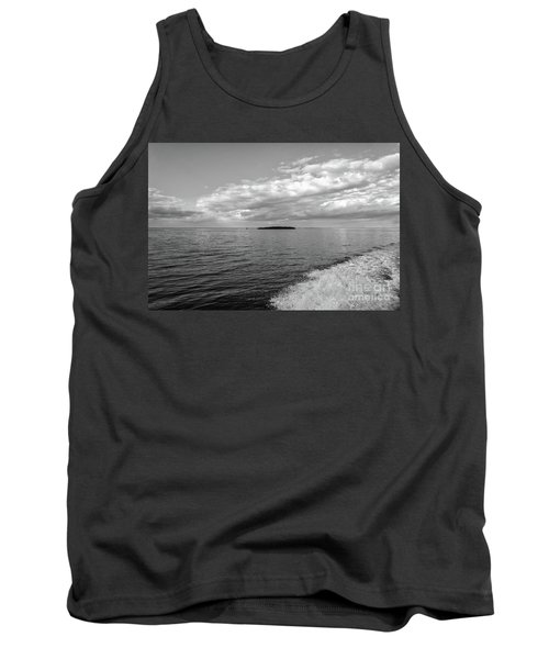 Boat Wake On Florida Bay Tank Top