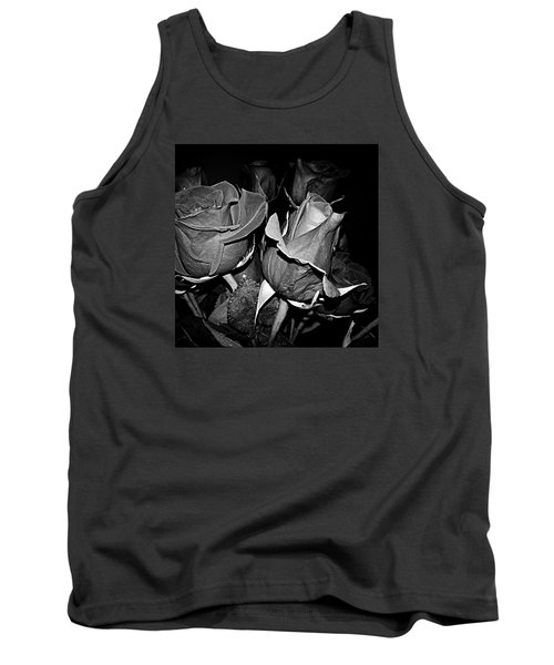 Boquet Of Roses Tank Top by Ester  Rogers