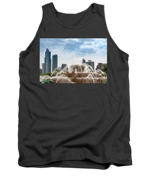 Buckingham Fountain In Chicago Tank Top