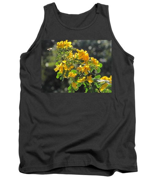 Catchlight Bee Over Yellow Blooms Tank Top