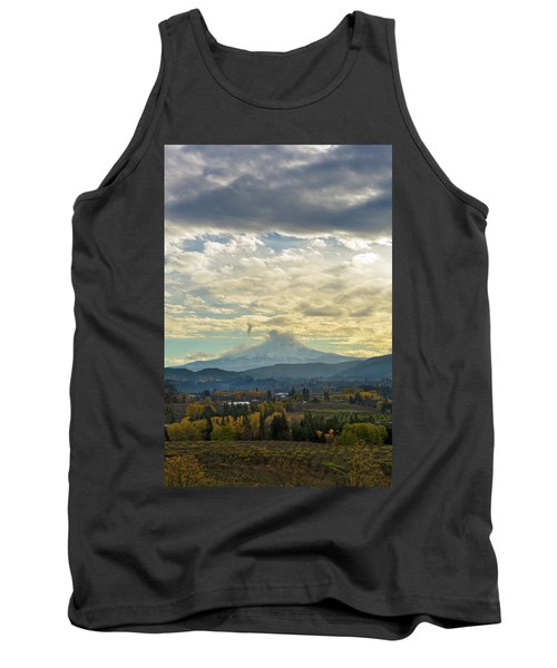 Cloudy Day Over Mount Hood At Hood River Oregon Tank Top