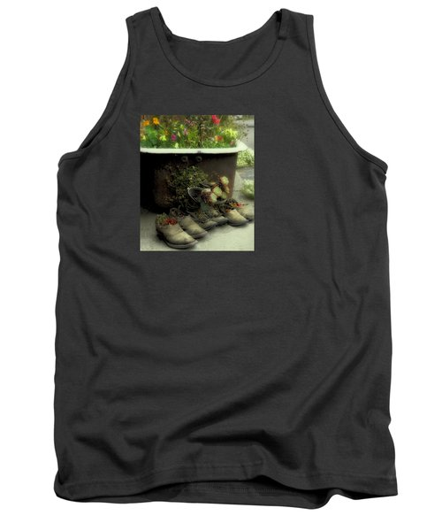 Tank Top featuring the photograph Country Day Spa by Kandy Hurley
