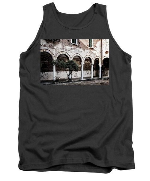Courtyard Tank Top