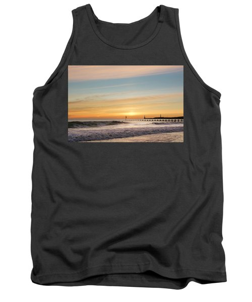 Crashing Waves At Aberdeen Beach Tank Top