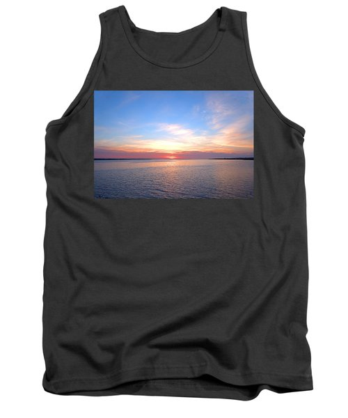 Dark Sunrise I I Tank Top