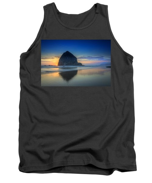 Day's End In Cannon Beach Tank Top