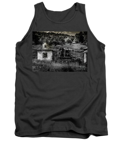 Derelict Farm, Transylvania Tank Top
