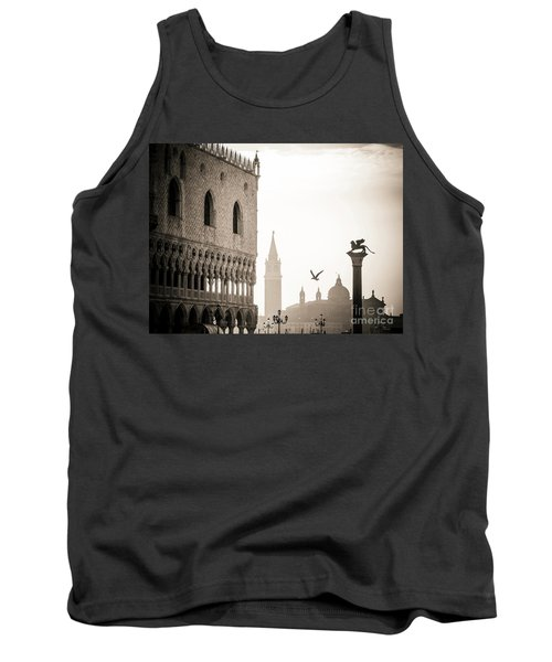 Doge's Palace S At Piazza San Marco In Venice, Italy Tank Top