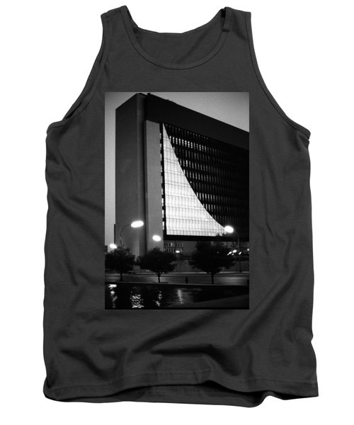 Federal Reserve Building At Twilight Tank Top