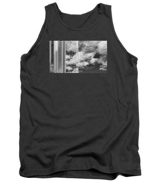Fla-150531-nd800e-25123-bw Tank Top by Fernando Lopez Arbarello