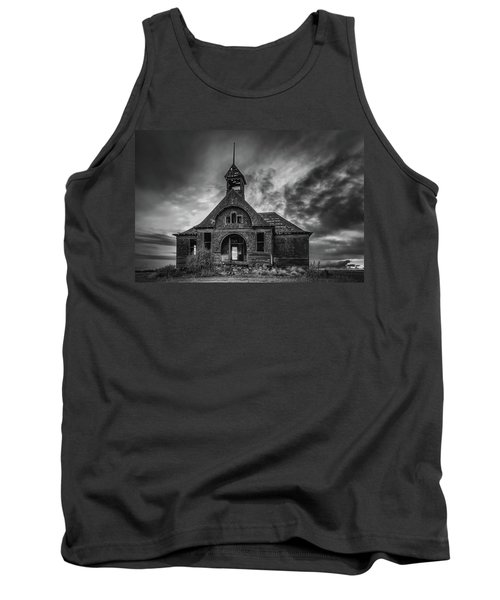 Goven School House Tank Top