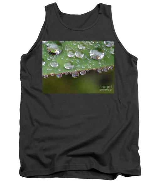 How Many Raindrops Can A Leaf Holds. Tank Top by Kim Tran