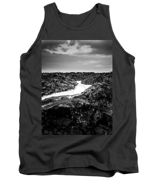 Icelandic Silica Stream In Black And White Tank Top