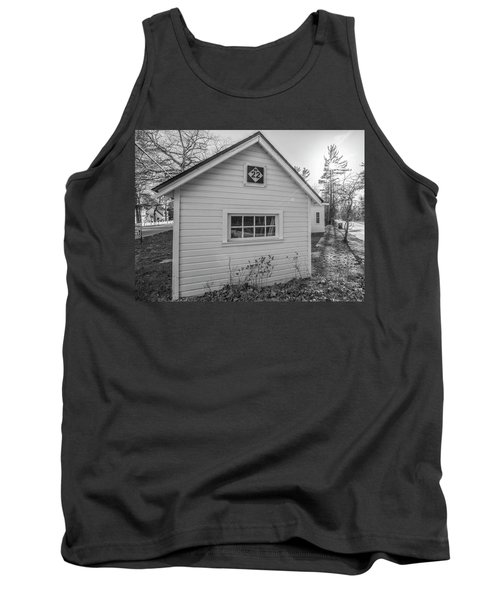 M22 Shed Tank Top