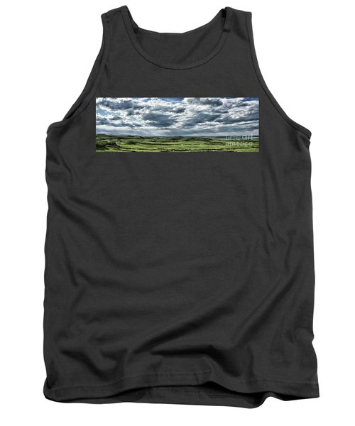 Magnetic View Tank Top