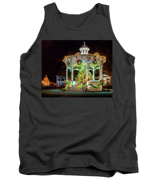 Medina, Ohio Christmas On The Square. Tank Top