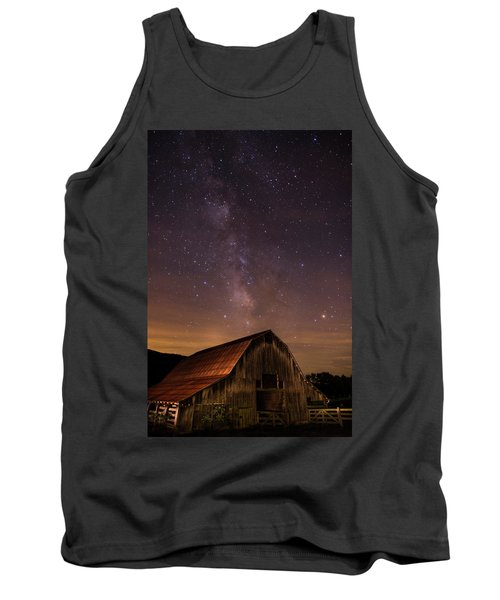 Milky Way Over Boxley Barn Tank Top