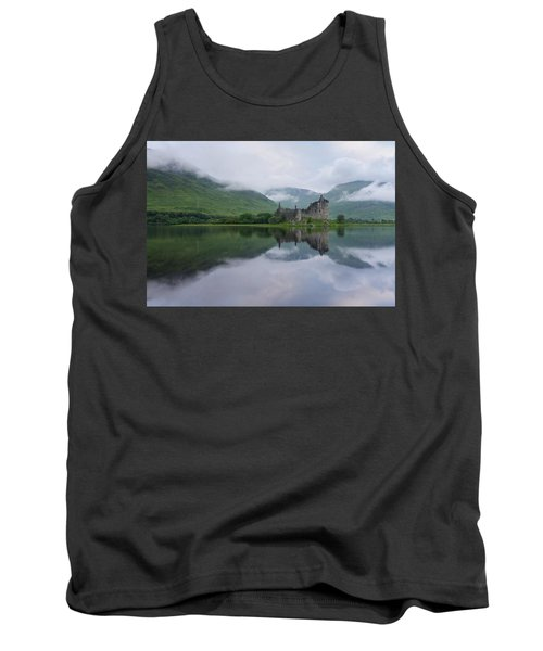Mist Swarms Around Kilchurn Castle Tank Top