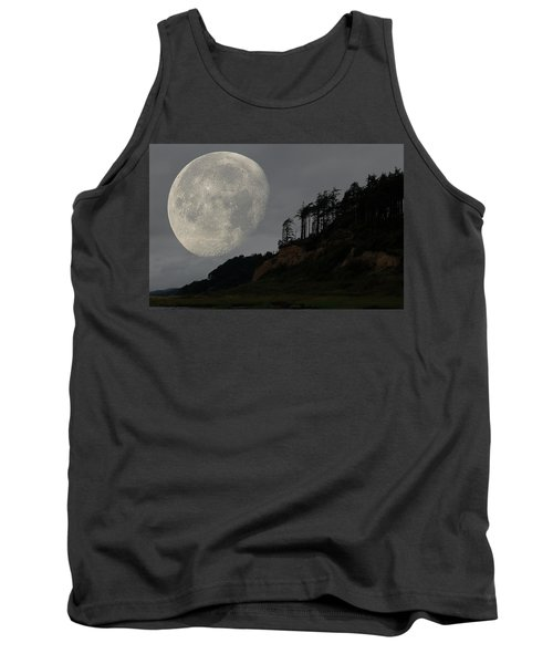 Moon At Roosevelt Beach Wa Tank Top