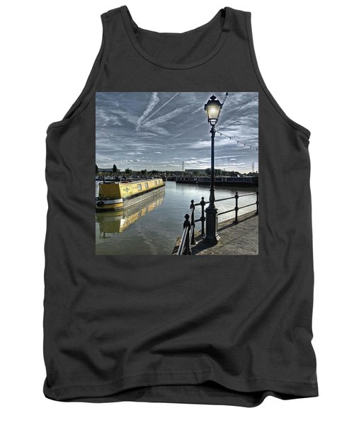 Narrowboat Idly Dan At Barton Marina On Tank Top