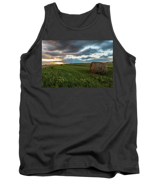 North Dakota Sunset With Hay Tank Top