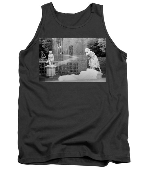 Nyc Whispering Statues Tank Top
