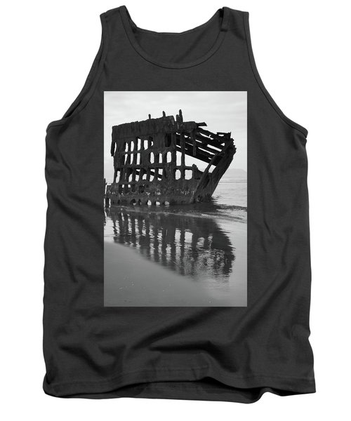 Peter Iredale Shipwreck In Black And White Tank Top