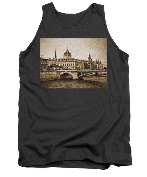 Paris, France - Pont Notre Dame Oldstyle Tank Top