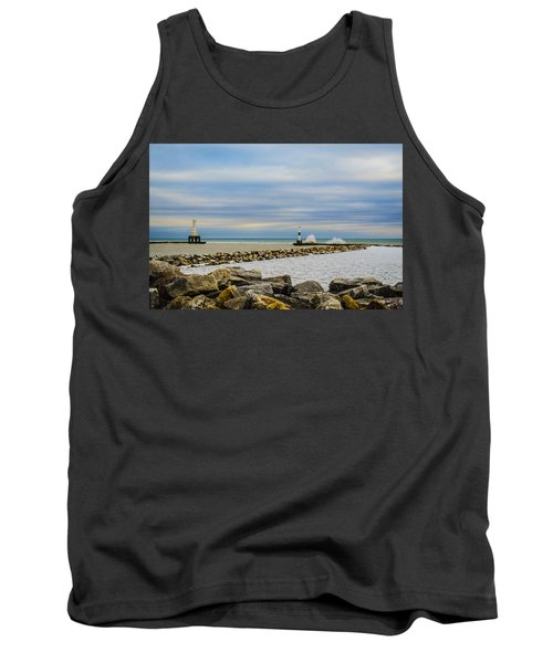 Port Washington Light 6 Tank Top