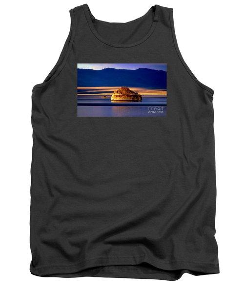 Pyramid Lake Nevada Tank Top