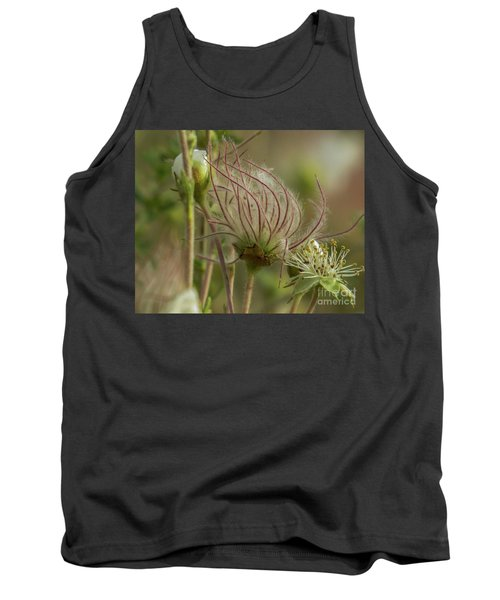 Quirky Red Squiggly Flower 2 Tank Top