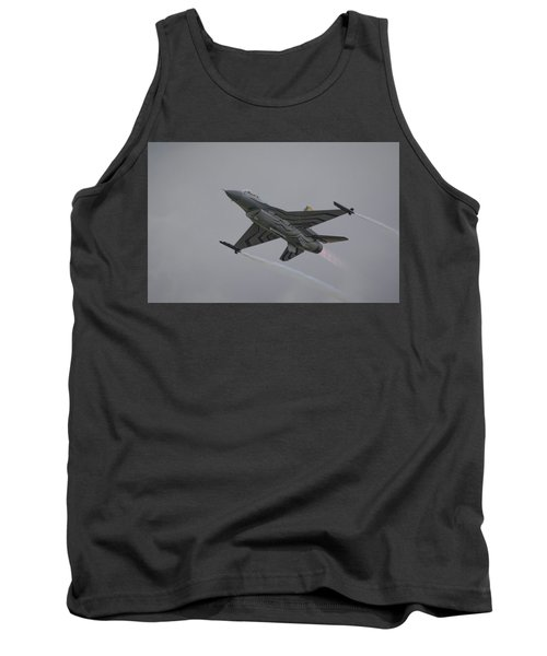 Raf Scampton 2017 - F-16 Fighting Falcon Tank Top