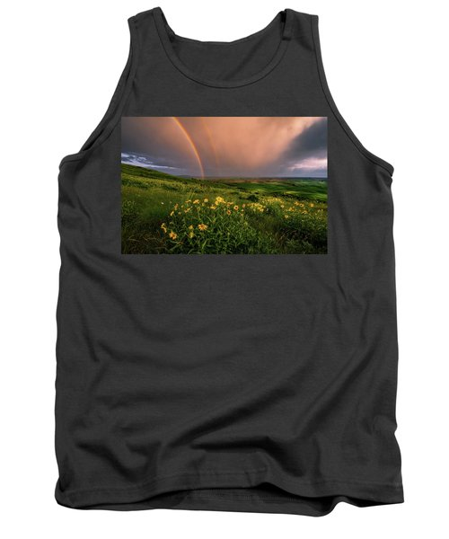 Rainbow At Steptoe Butte Tank Top