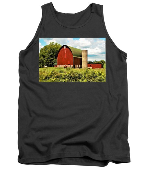 0040 - Red Barn And Horses Tank Top