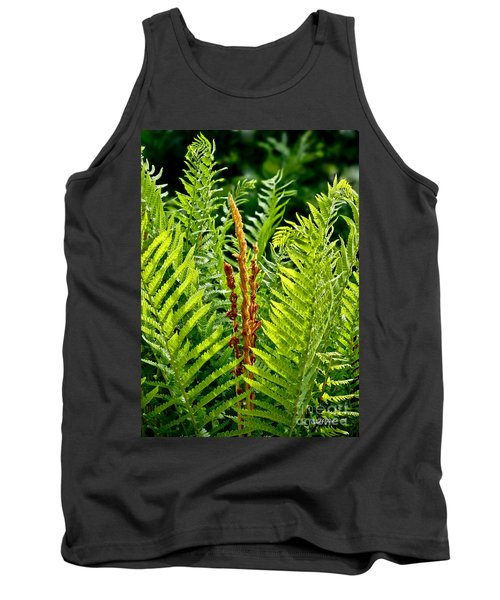 Refreshing Green Fern Wall Art Tank Top