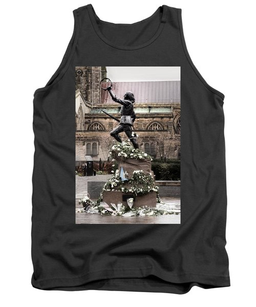 Richard The Third Statue Tank Top