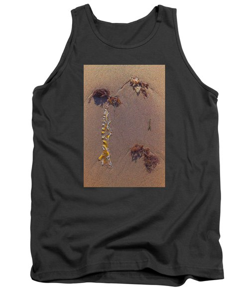 Seaweed On Clayhead Beach Tank Top by Todd Breitling