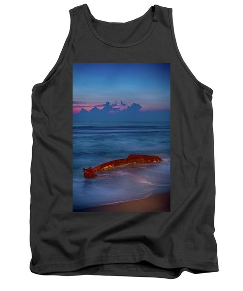 Shipwreck On The Outer Banks The End Tank Top by Dan Carmichael