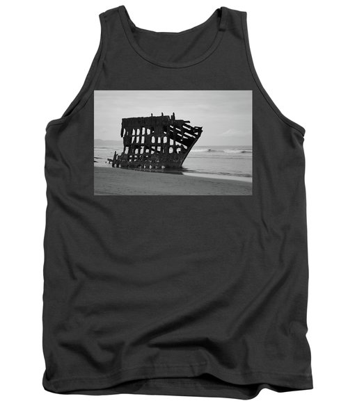 Shipwreck On The Shore Tank Top