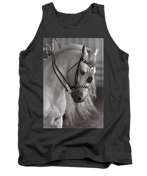 Tank Top featuring the photograph Showtime D9054 by Wes and Dotty Weber