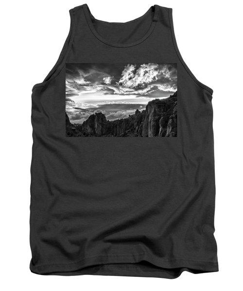 Smith Rock Skies Tank Top