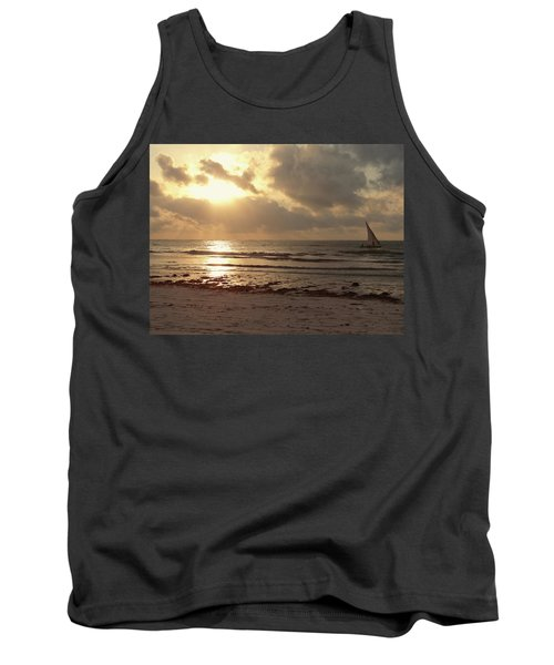 Sun Rays On The Water With Wooden Dhow Tank Top