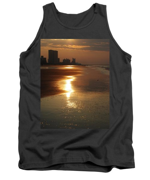 Sunrise At The Beach Tank Top by Eric Liller