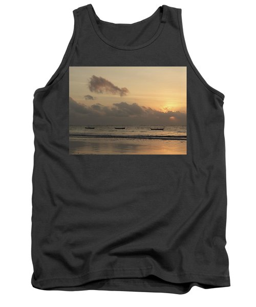 Sunrise On The Beach With Wooden Dhows Tank Top