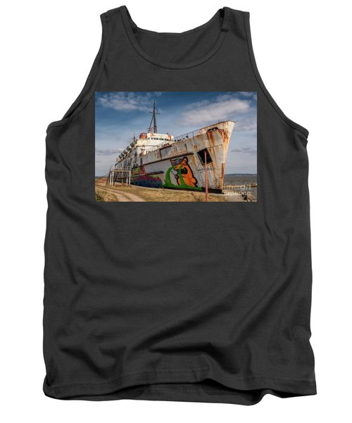 Tank Top featuring the photograph The Old Duke by Adrian Evans