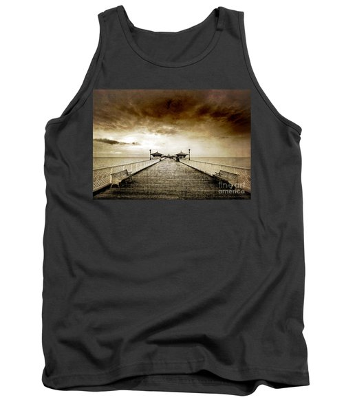 the pier at Llandudno Tank Top