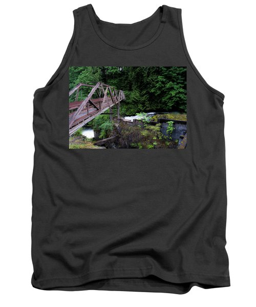 Tank Top featuring the photograph Trussting by Rhys Arithson