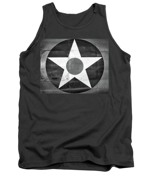Us Roundel, In Black And White - 2017 Christopher Buff, Www.aviationbuff.com Tank Top